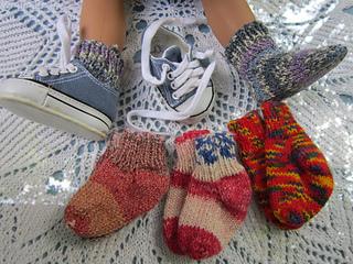 Liana_socks_small2