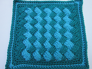 Entrelac_afghan_square_small2