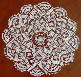 Pretty_baby_doily_small2