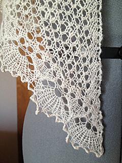Closeup3_bandb_shawl_small2