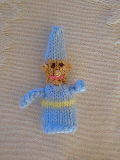 Knitting Patterns Toys Finger Puppets : Ravelry: Knitted Finger Puppets: 34 Easy-to-Make Toys - patterns