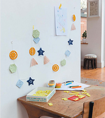 Crochet_home_-_geometry_garland_beauty_image_small
