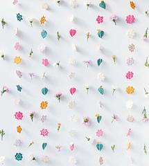 Crochet_home_-_flower_garlands_beauty_image_small
