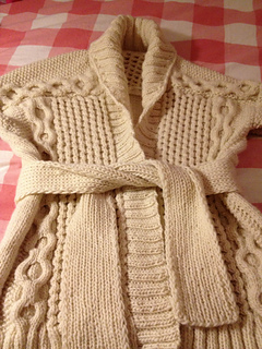 Vogue_sweater_3_small2
