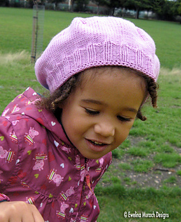 Lilac_flower_hat_3_small2