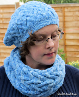 4_cowl___hat_c_small2