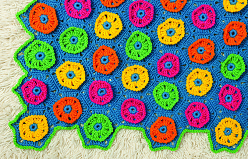 Ct16_blossom_blanket_detail