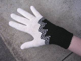 30st-gloves-5_small2