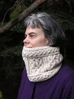 Iona-cowl-3a_small2