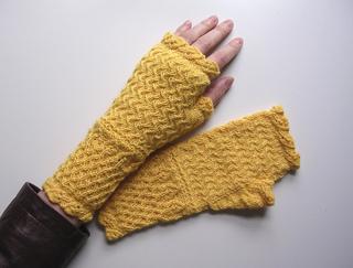 Birnam-fingerless-3_small2