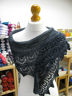 Skyline_in_yarnpony_front_small2