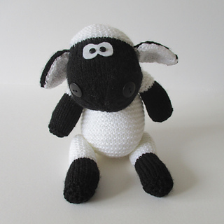 Ally_the_sheep_img_1510_small2