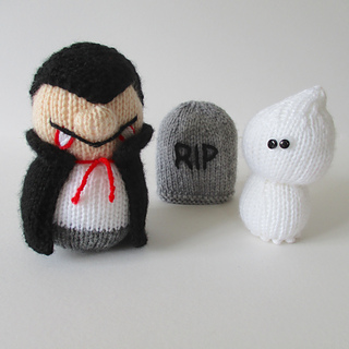Dracula_and_ghosty_img_1662_small2