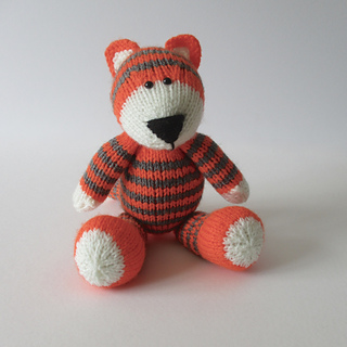 Toby_the_tiger_img_1200_small2