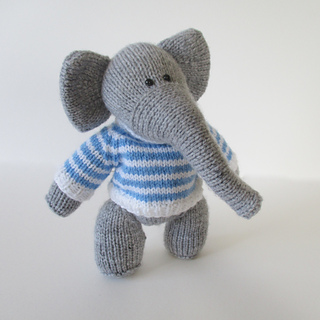 Wellington_the_elephant_img_1784_small2