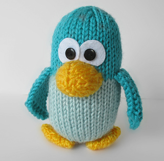 Kevin_the_penguin_sq_2_img_0288_small2
