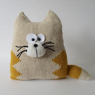 Cat_cushion_img_3610__1__small2