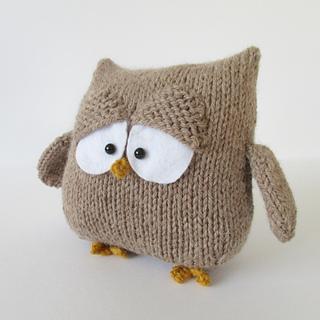 Oscar_the_owl_img_4094_small2