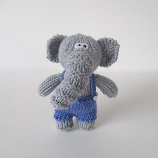 Bobby_elephant_img_5976_small2