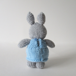 Millie_the_rabbit_img_6145_small2
