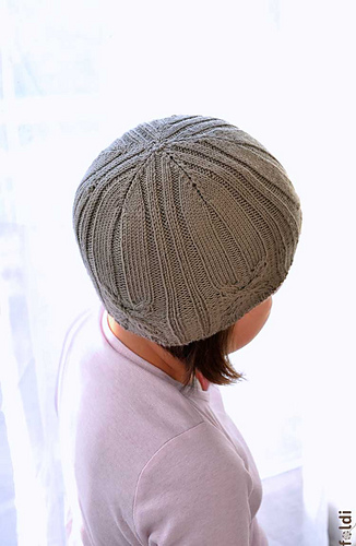 Cable-hat-brown-07_medium