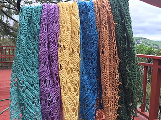 Img_0298_shawl_all_colors_small2