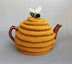 Beehive_tea_cozy_093012_small