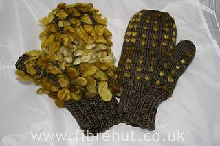 Thrummed_mittens_by_fibrehut_1_large_small2
