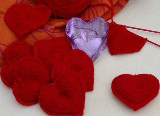 Hearts_st_lukes_purple_heart_bag_and_heart_in_progres_with_single_heart_small2