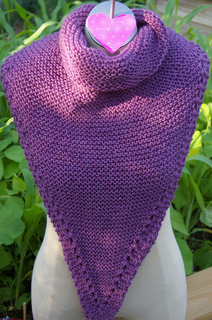 Durable_diamond_as_long_pointed_cowl_small2