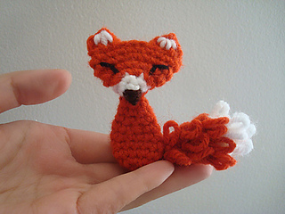 Squinty_fox_blog_small2