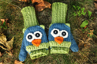 Cute_owl_mittens_small2