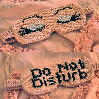 Eye_candy_knitted_eye_mask_knitting_pattern_do_not_disturb_5_small2