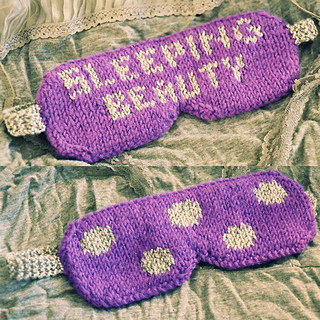 Eye_candy_knitted_eye_mask_knitting_pattern_sleeping_beauty_5_small2