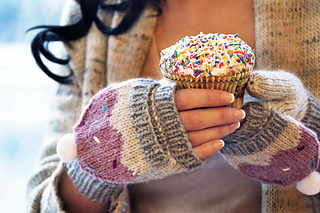 Sweeter_than_a_cupcake_knitted_hat_and_mittens_cupcake_knitting_pattern_3_small2