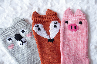 Pawsome_pals_koala_fox_pig_socks_with_ears_knitting_pattern_small2