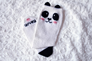 Check_meowt_knitted_panda_knee_high_socks_knitting_pattern_1_small2