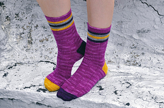 Roller_girl_knitted_striped_ankle_socks_1_small2