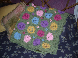 Flower_field_afghan__2__small2