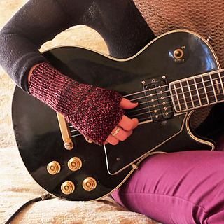 Guitar_crop_650_x_650_bright_small2