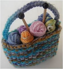 Miniature_knitting_bag_small