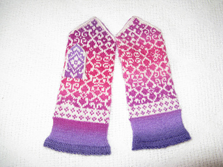 165a_elsa_mittens_chroma_9-2015_small2