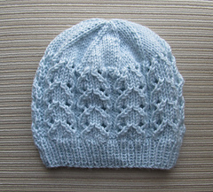 Blue_hat_with_lacy_columns_1_small