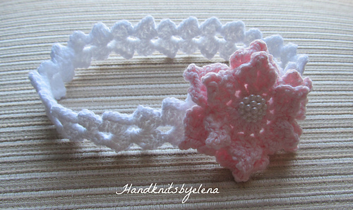 Crochet_headband_with_a_pink_rose_and_signature_medium