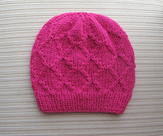 Hat_with_rhombuses_small2