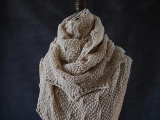 Wavy_cable_shawl_5_small2