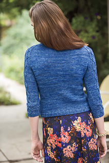 Quadrille_pullover_knits_winter_2015_2_small2