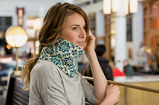 Endless_rose_cowl_wall1_small2