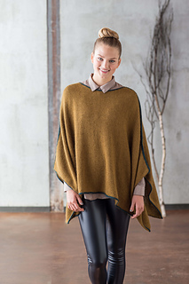 Gandy_on_the_edge_poncho_2_small2