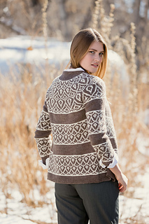 Alexis_winslow_chrysler_cardigan_2_small2